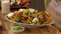 11-18-chicken-black-bean-nachos-mhlb2047